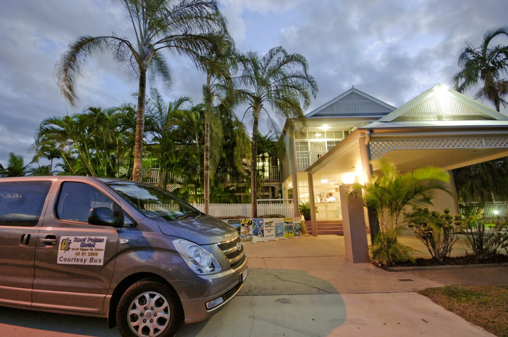 Reef Palms - Palm Beach Accommodation