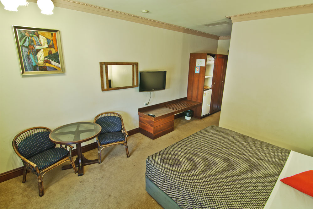 Heritage Country Motel - Palm Beach Accommodation