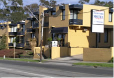 Pathfinder Motel - Palm Beach Accommodation