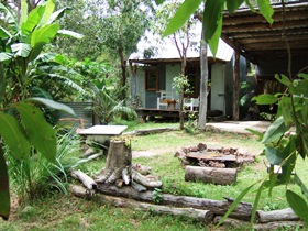 Ride On Mary Bush Cabin Adventure Stay - Palm Beach Accommodation