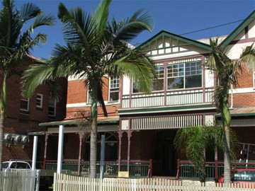 Maclean Hotel - Palm Beach Accommodation