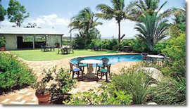 Camelot Motel - Palm Beach Accommodation
