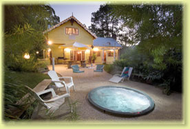 Jacaranda Cottage - Palm Beach Accommodation