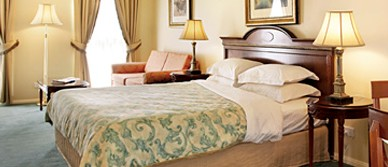 Canterbury International Hotel - Palm Beach Accommodation
