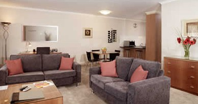 Ringwood Royale Apartment Hotel - Palm Beach Accommodation