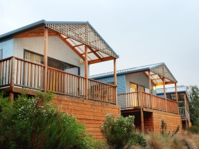 Discovery Holiday Parks Hobart Cosy Cabins - Palm Beach Accommodation