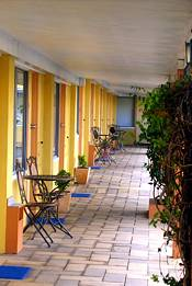 Arkana Motel - Palm Beach Accommodation