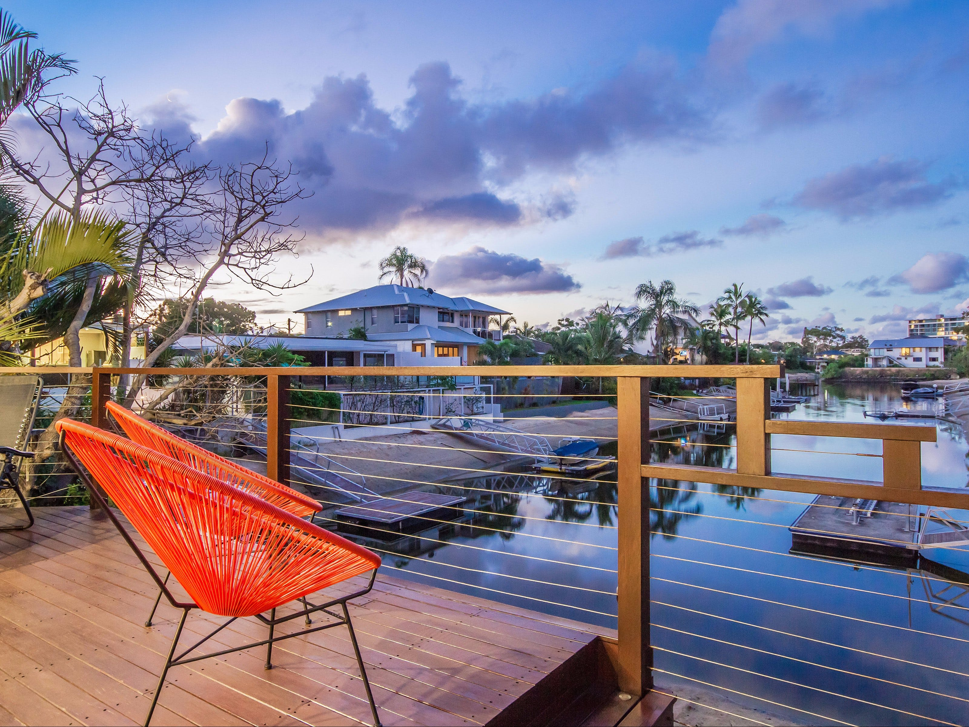 Laguna Bay Broadbeach - Vogue Holiday Homes - Palm Beach Accommodation