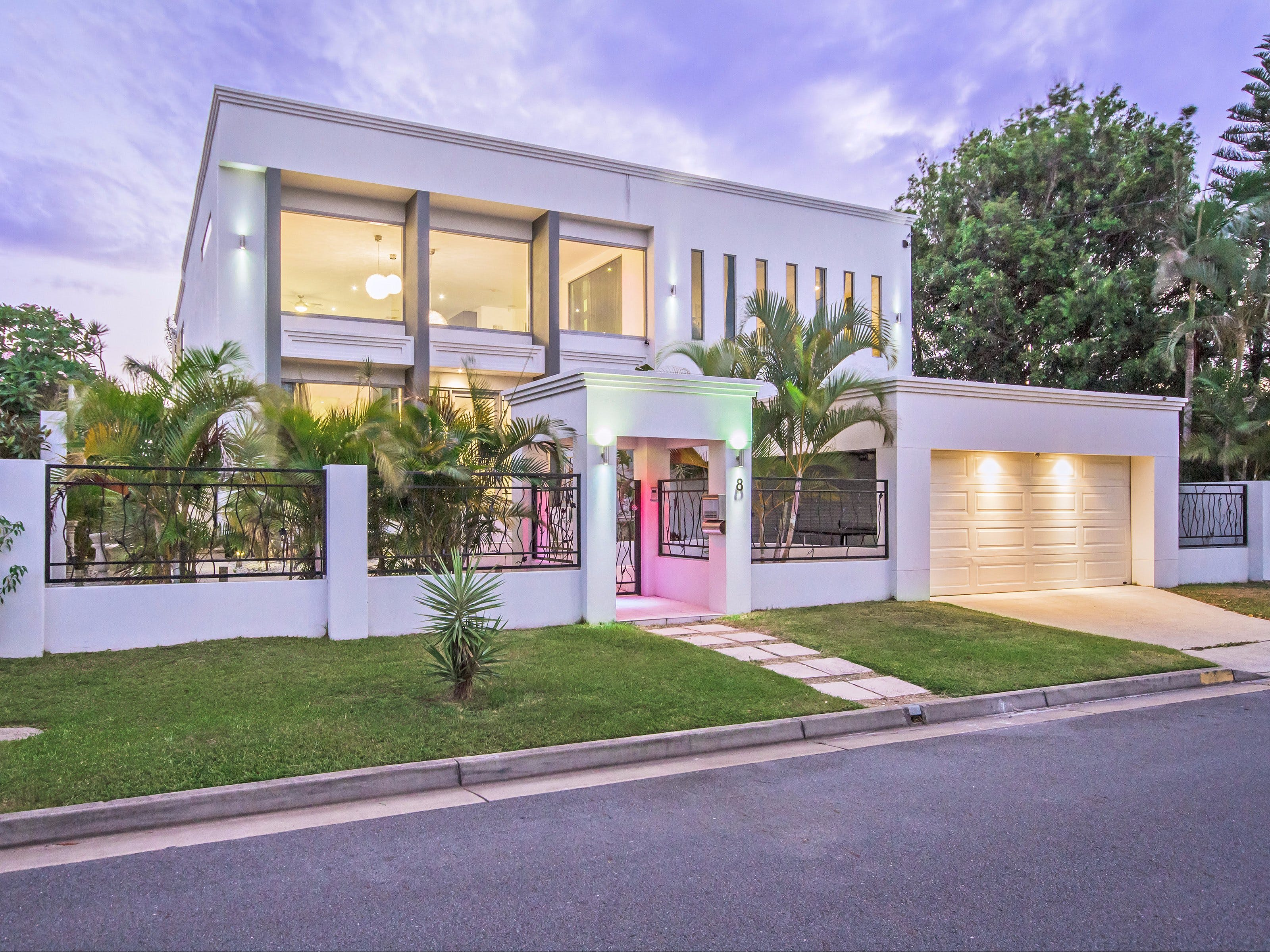 Riviera Waters Broadbeach - Vogue Holiday Homes - Palm Beach Accommodation