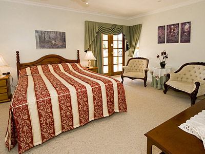 Armadale Manor - Palm Beach Accommodation