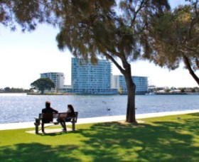Foreshore Reserve - Palm Beach Accommodation