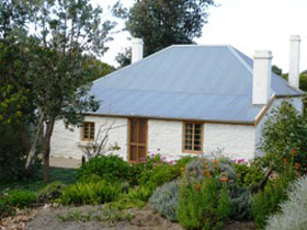 dingley dell cottage - Palm Beach Accommodation