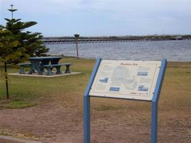 Port Broughton Historic Walking Trail - Palm Beach Accommodation
