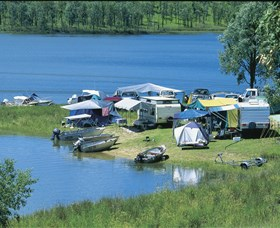 Lake Boondooma - Palm Beach Accommodation