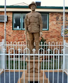 Soldier Statue Memorial Chinchilla - Palm Beach Accommodation