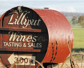 Lilliput Wines - Palm Beach Accommodation
