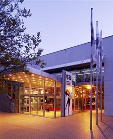Geelong Performing Arts Centre - Palm Beach Accommodation