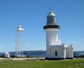Point Perpendicular Lighthouse and Lookout - Palm Beach Accommodation