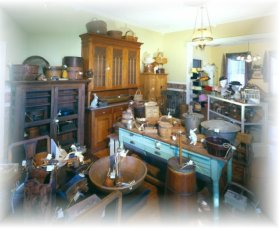 Turnbull Bros Antiques - Palm Beach Accommodation