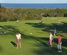 Tura Beach Country Club - Palm Beach Accommodation