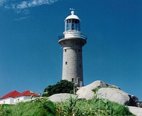 Montague Island Lighthouse - Palm Beach Accommodation