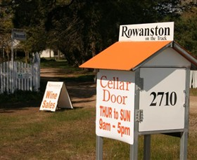 Rowanston on the Track Winery  Bed and Breakfast - Palm Beach Accommodation