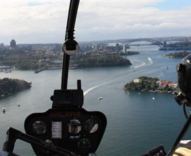 Australian Helicopter Pilot School - Palm Beach Accommodation