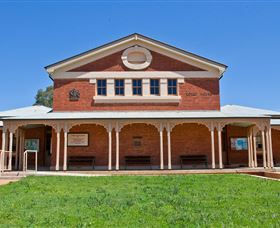 Cobar Heritage Walk - Palm Beach Accommodation