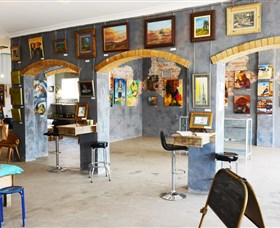 Splatter Gallery and Art Studio - Palm Beach Accommodation