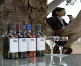 Woolaway Wines - Palm Beach Accommodation