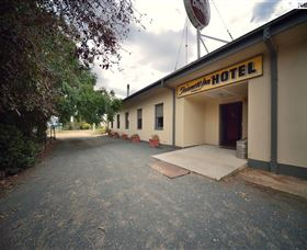 The Farmers Inn at Burrumbuttock - Palm Beach Accommodation