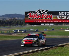 Winton Motor Raceway - Palm Beach Accommodation