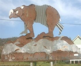 Diprotodon Drive - Tamber Springs - Palm Beach Accommodation