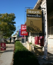 Morpeth Wine Cellars and Moonshine Distillery - Palm Beach Accommodation