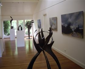 Ivy Hill Gallery - Palm Beach Accommodation