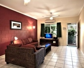 Cable Beachside Villas - Palm Beach Accommodation