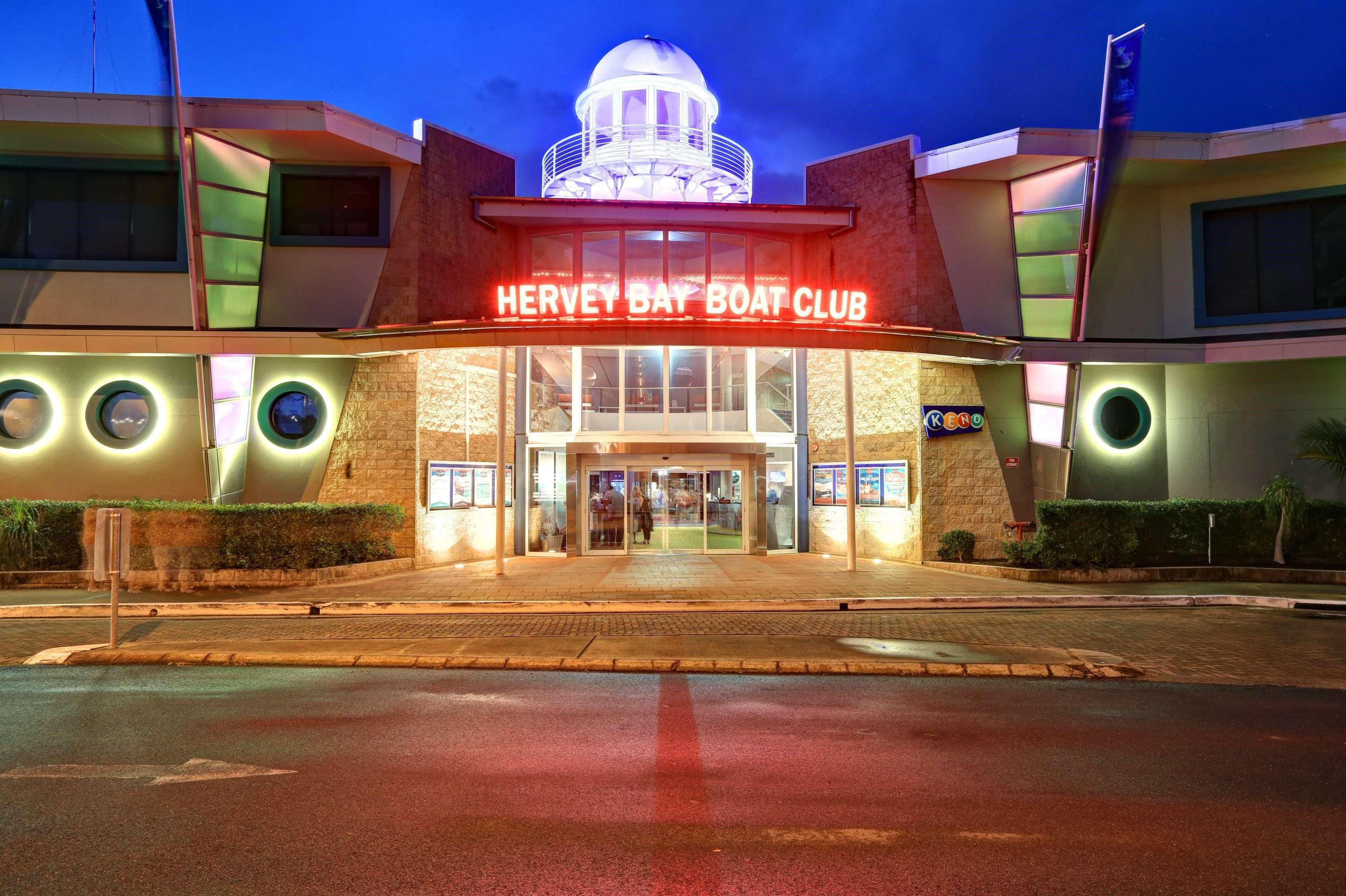 Hervey Bay Boat Club - Palm Beach Accommodation