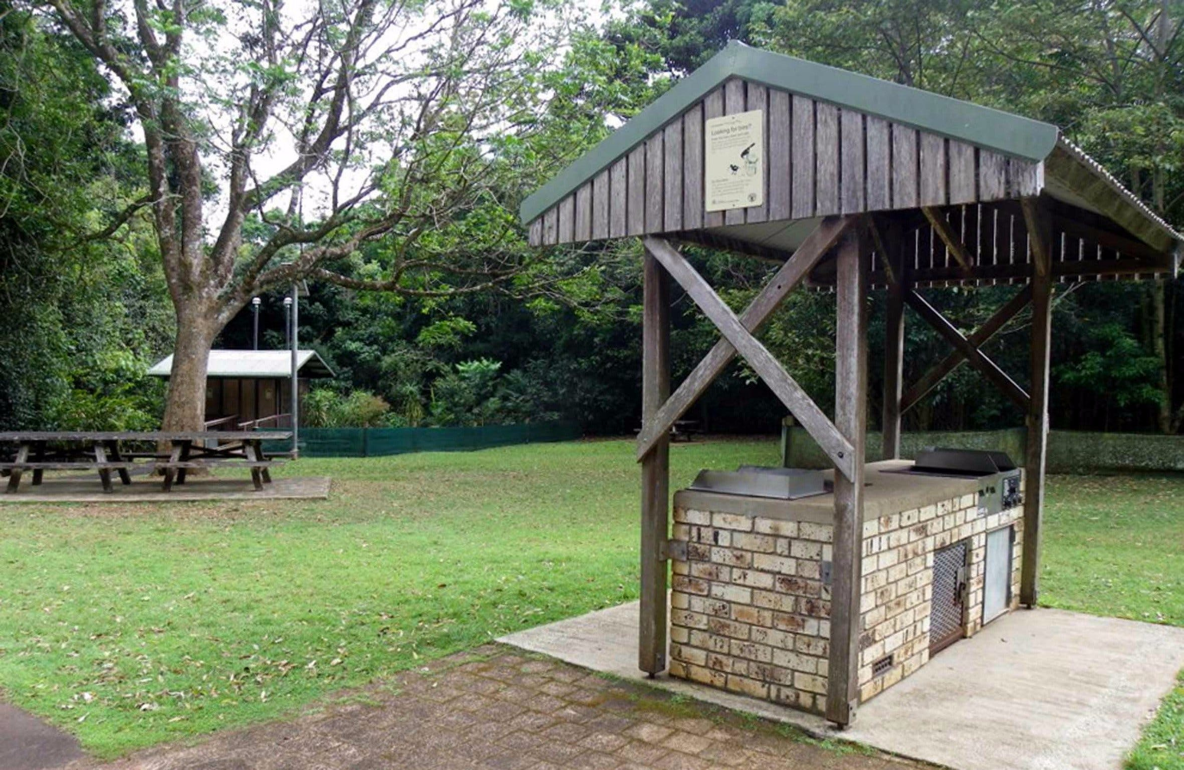 Victoria Park picnic area - Palm Beach Accommodation