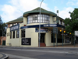 Railway Hotel - Palm Beach Accommodation