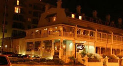 Joseph Alexanders Restaurant  Piano Bar - Palm Beach Accommodation
