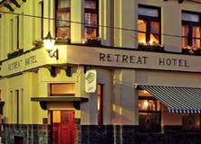 The Retreat Hotel - Palm Beach Accommodation