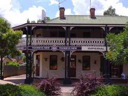 Imperial Hotel Bingara - Palm Beach Accommodation