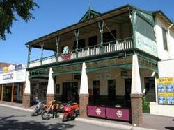 Shamrock Hotel Alexandra - Palm Beach Accommodation