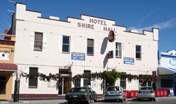 Shire Hall Hotel - Palm Beach Accommodation
