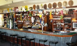 American Hotel Creswick - Palm Beach Accommodation