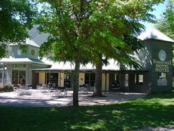 Harrietville Hotel Motel - Palm Beach Accommodation