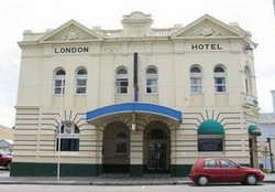 The London Hotel - Palm Beach Accommodation