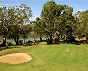 Coomealla Memorial Sporting Club - Palm Beach Accommodation