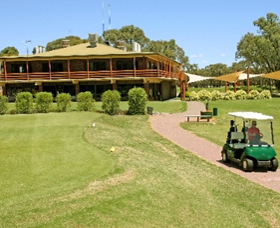 Coomealla Golf Club - Palm Beach Accommodation
