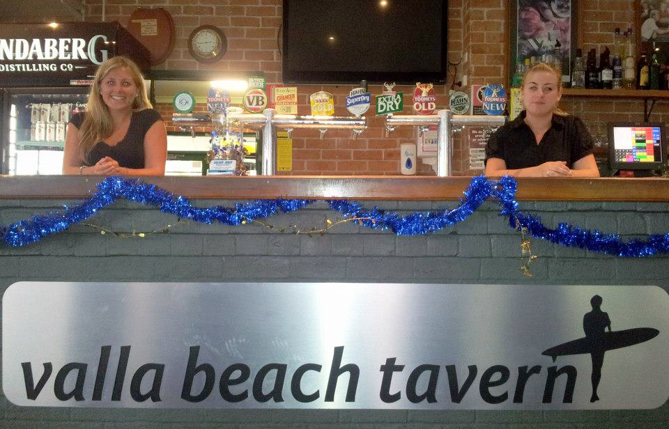 Valla Beach Tavern - Palm Beach Accommodation